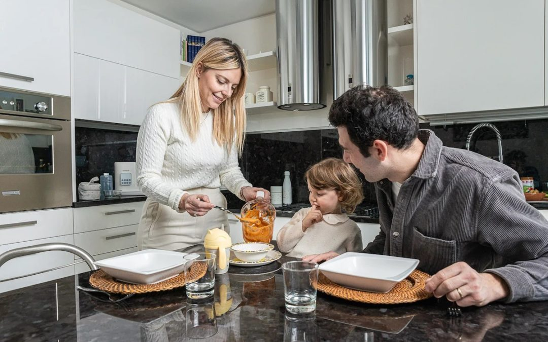 Purè, polpettine e vellutate, i segreti per far mangiare verdure e legumi ai bambini