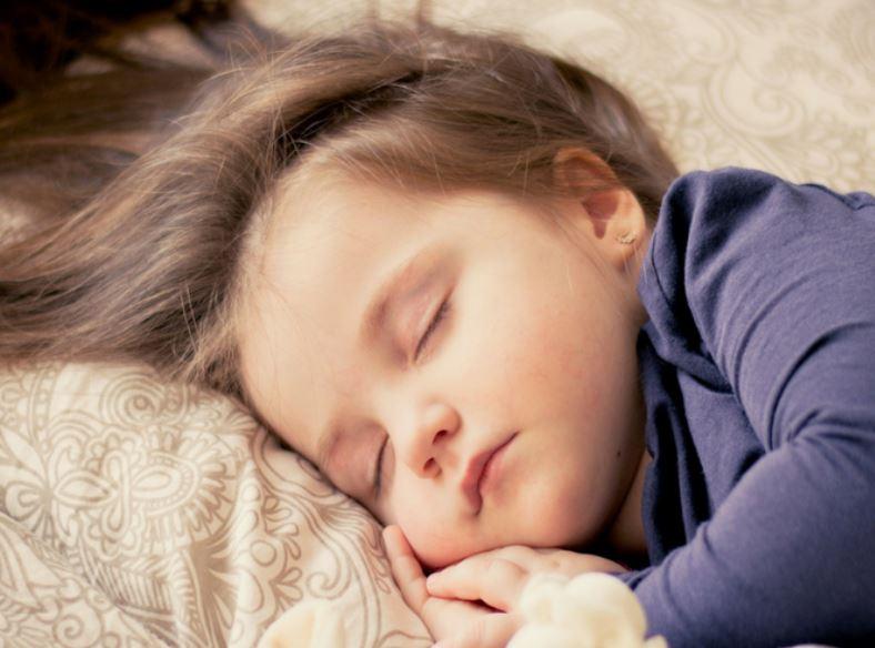Temperatura en el hogar: ¿cuál es la idónea para un bebé?